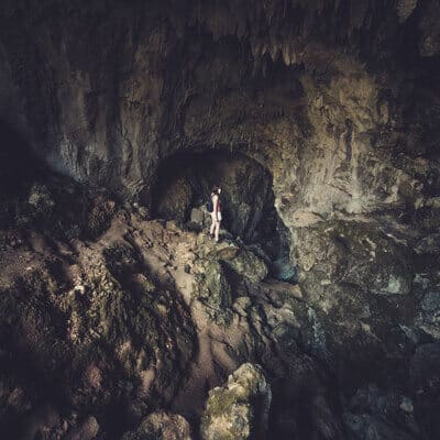 into cave 1 - Loic videos on our trip in New Zealand